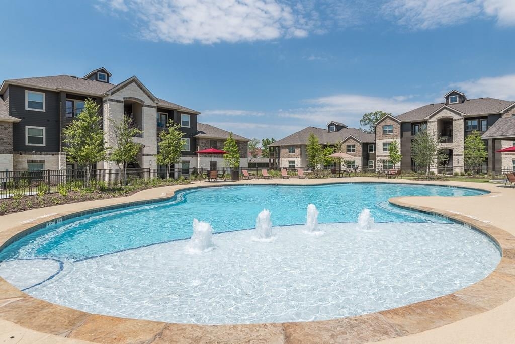 15650 Walden, Montgomery, Montgomery, Texas, United States 77356, 2 Bedrooms Bedrooms, ,2 BathroomsBathrooms,Rental,Exclusive right to sell/lease,Walden,69064459