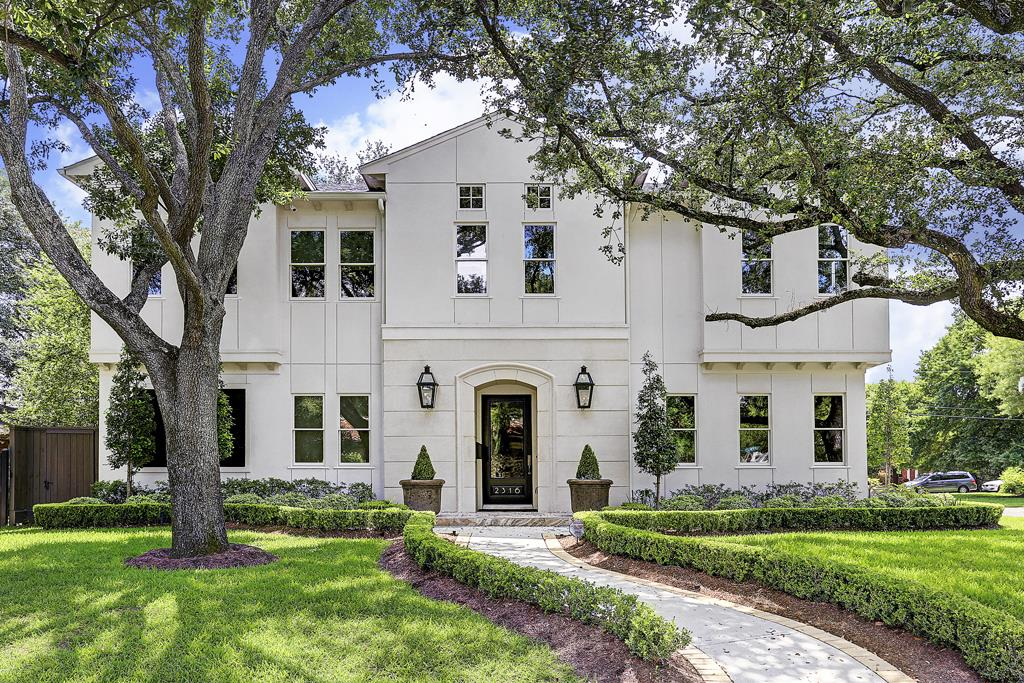 Single Family for Sale at 2316 Shannon Street Houston, Texas 77027 United States