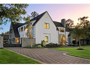 Another look at the side of 2 GREYTON LANE shows how the stone work is beautifully balanced with the stucco on the exterior of this very special home.