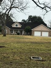 519 Mill Road, Angleton TX 77515