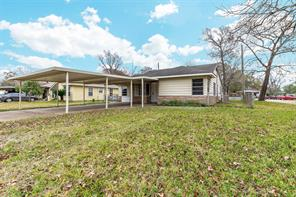 702 McCardell Dr, Channelview TX 77530