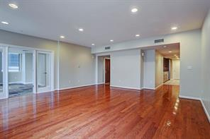Houston Home at 2000 Bagby Street 7414 Houston                           , TX                           , 77002-8591 For Sale