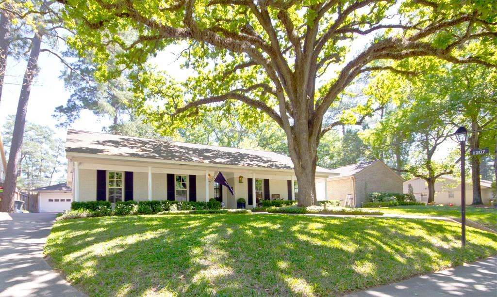 This house has great curb appeal with one of the prettiest oak trees in the neighborhood. Exterior landscape lighting was installed in the front and back of house in 2017.