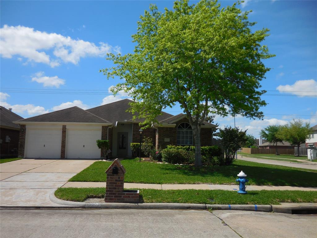 16802 Ship Anchor Drive, Friendswood, TX 77546