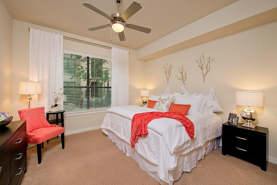 2900 Dallas, Houston, Harris, Texas, United States 77019, 1 Bedroom Bedrooms, ,1 BathroomBathrooms,Rental,Exclusive right to sell/lease,Dallas,38002280