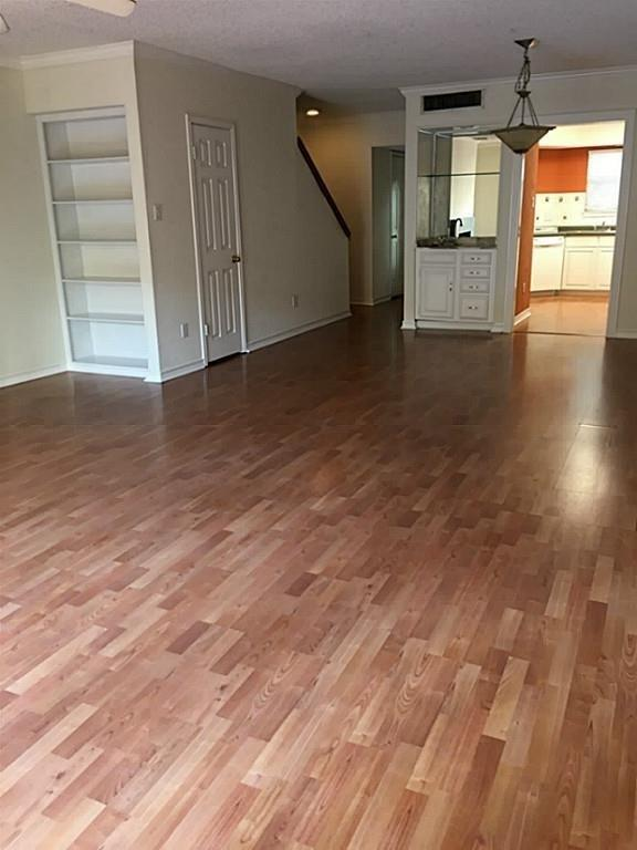 998 Memorial Village, Houston, Harris, Texas, United States 77024, 2 Bedrooms Bedrooms, ,2 BathroomsBathrooms,Rental,Exclusive right to sell/lease,Memorial Village,82165184