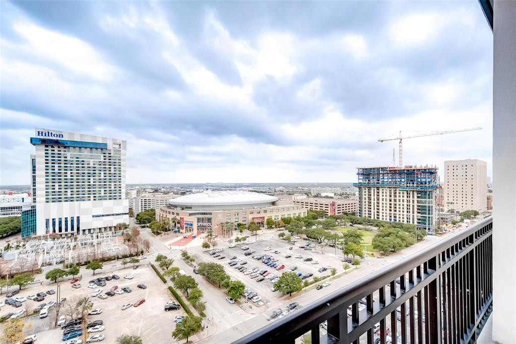 1211 Caroline, Houston, Harris, Texas, United States 77002, 1 Bedroom Bedrooms, ,1 BathroomBathrooms,Rental,Exclusive right to sell/lease,Caroline,35644172