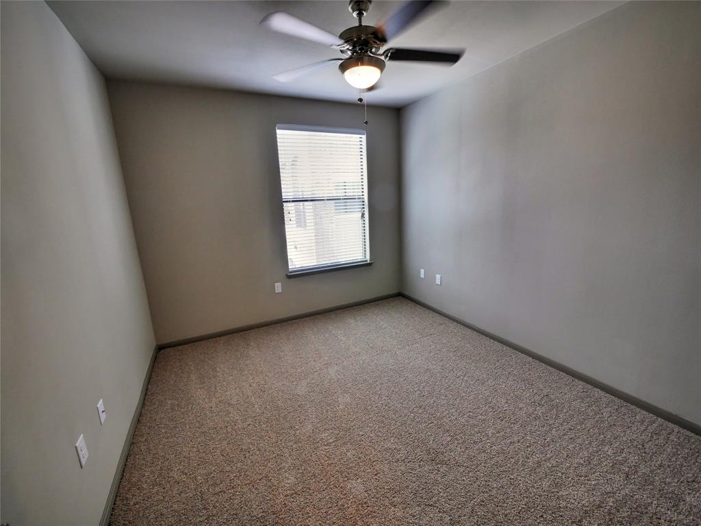 5353 Space Center, Pasadena, Harris, Texas, United States 77505, 2 Bedrooms Bedrooms, ,2 BathroomsBathrooms,Rental,Exclusive right to sell/lease,Space Center,19428657