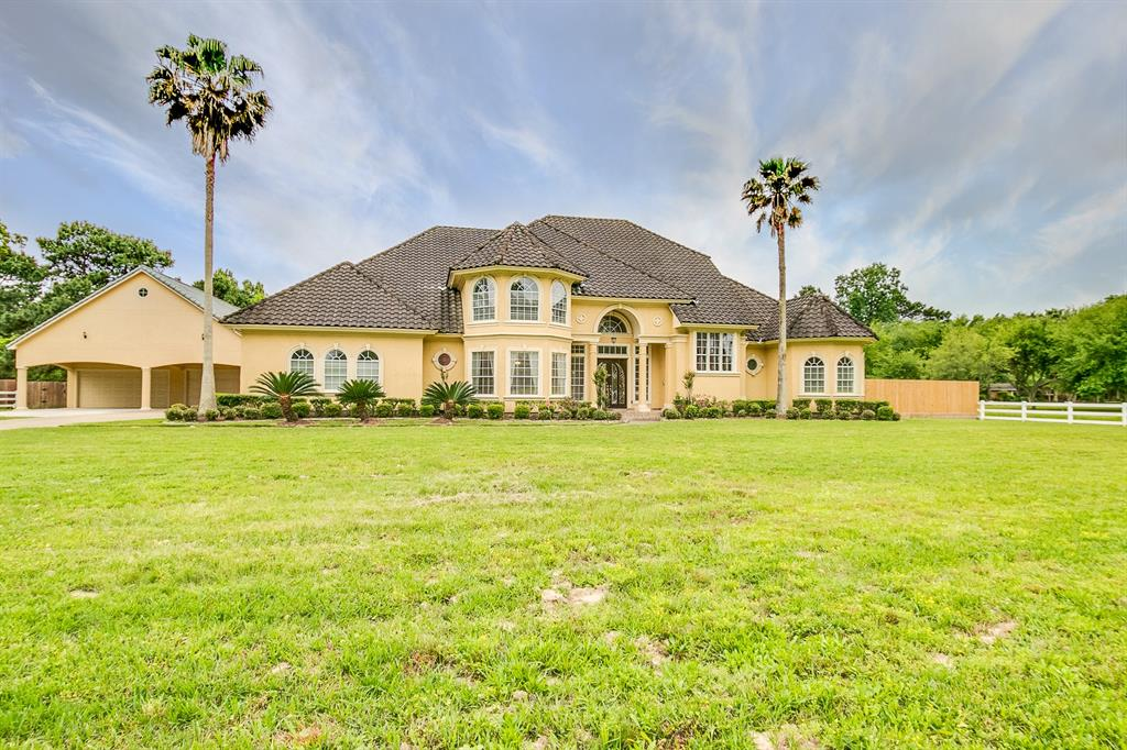 Tomball                                                                      , TX - $925,000
