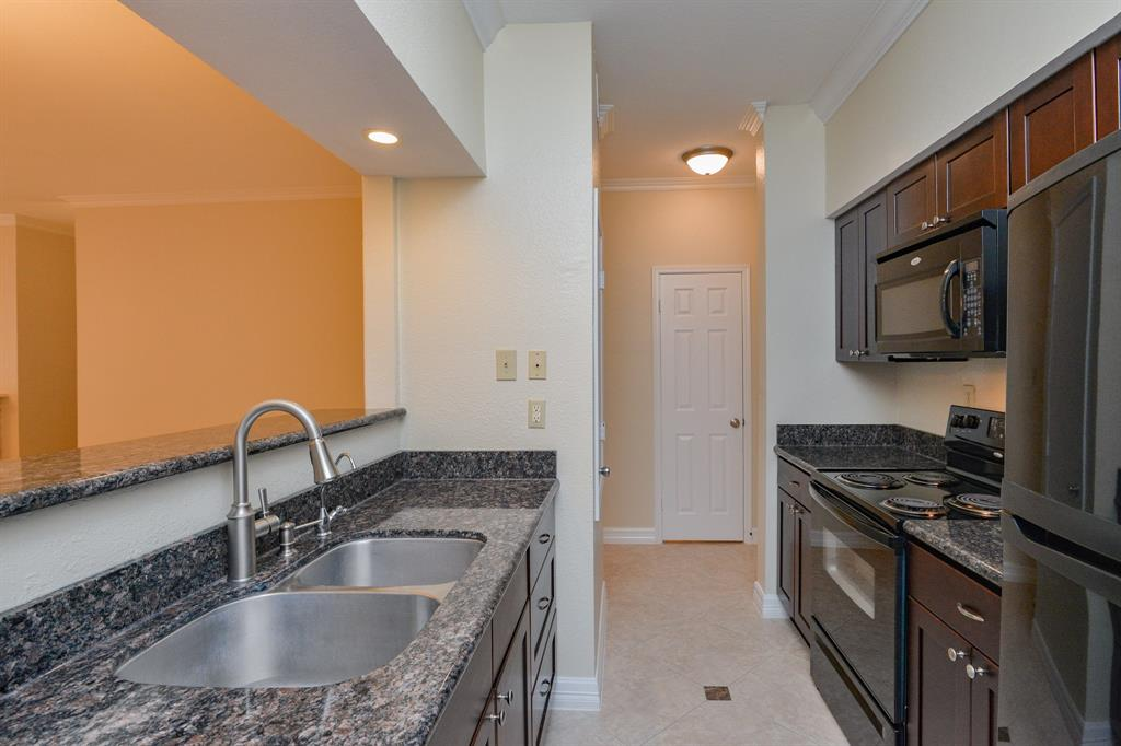 516 Wilcrest, Houston, Harris, Texas, United States 77042, 2 Bedrooms Bedrooms, ,2 BathroomsBathrooms,Rental,Exclusive right to sell/lease,Wilcrest,39629557