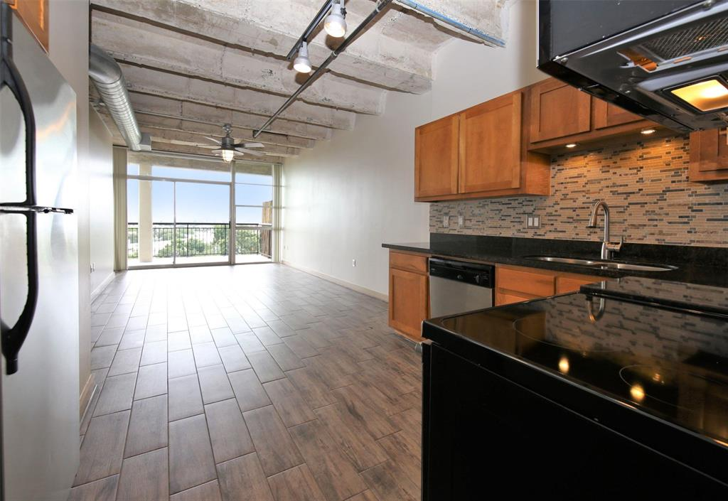 230 Alabama, Houston, Harris, Texas, United States 77006, 1 Bedroom Bedrooms, ,1 BathroomBathrooms,Rental,Exclusive right to sell/lease,Alabama,23623941