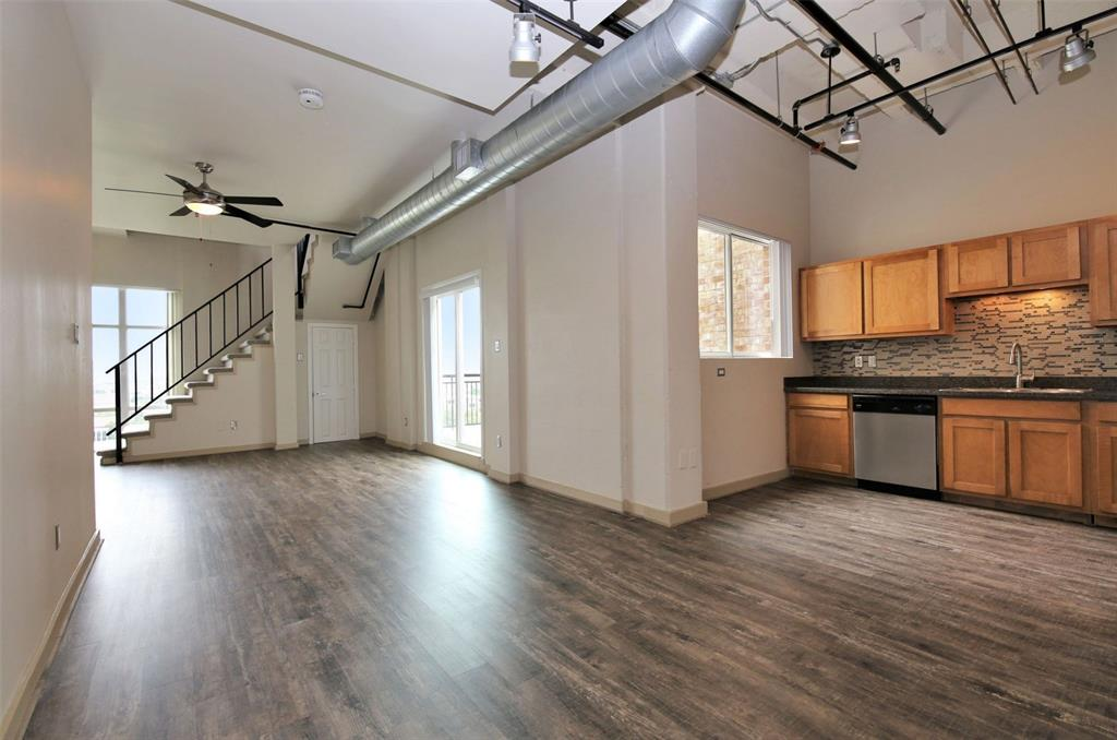 230 Alabama, Houston, Harris, Texas, United States 77006, 1 Bedroom Bedrooms, ,1 BathroomBathrooms,Rental,Exclusive right to sell/lease,Alabama,44369789