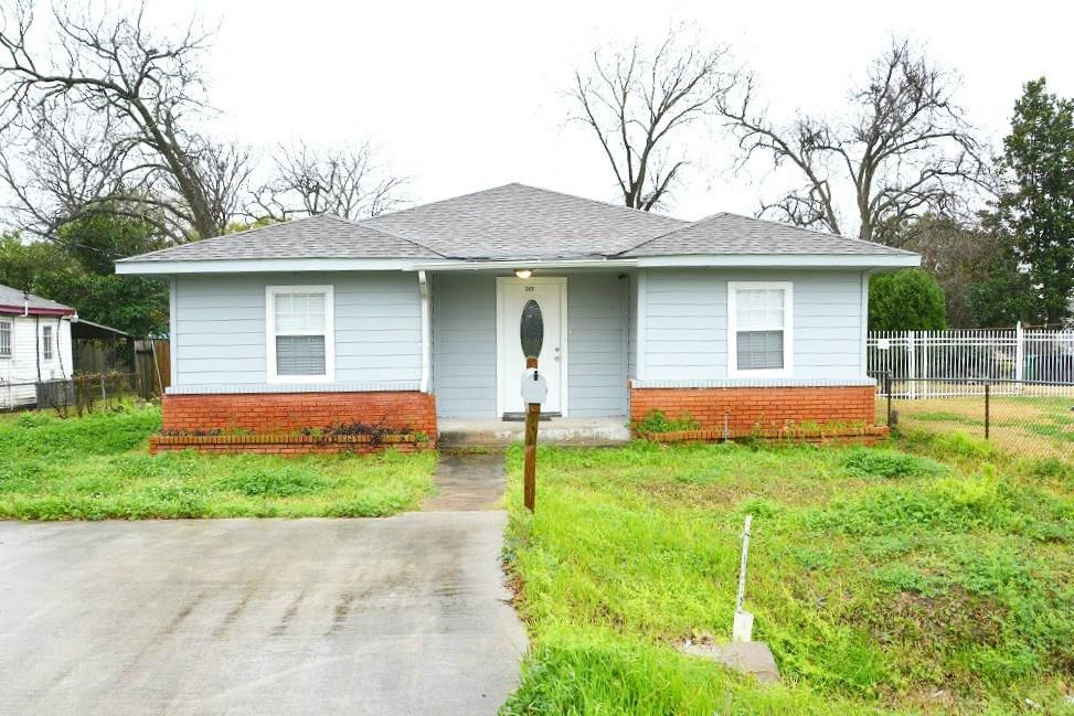 2411 Leffingwell, Houston, Harris, Texas, United States 77026, 4 Bedrooms Bedrooms, ,2 BathroomsBathrooms,Rental,Exclusive right to sell/lease,Leffingwell,40397931