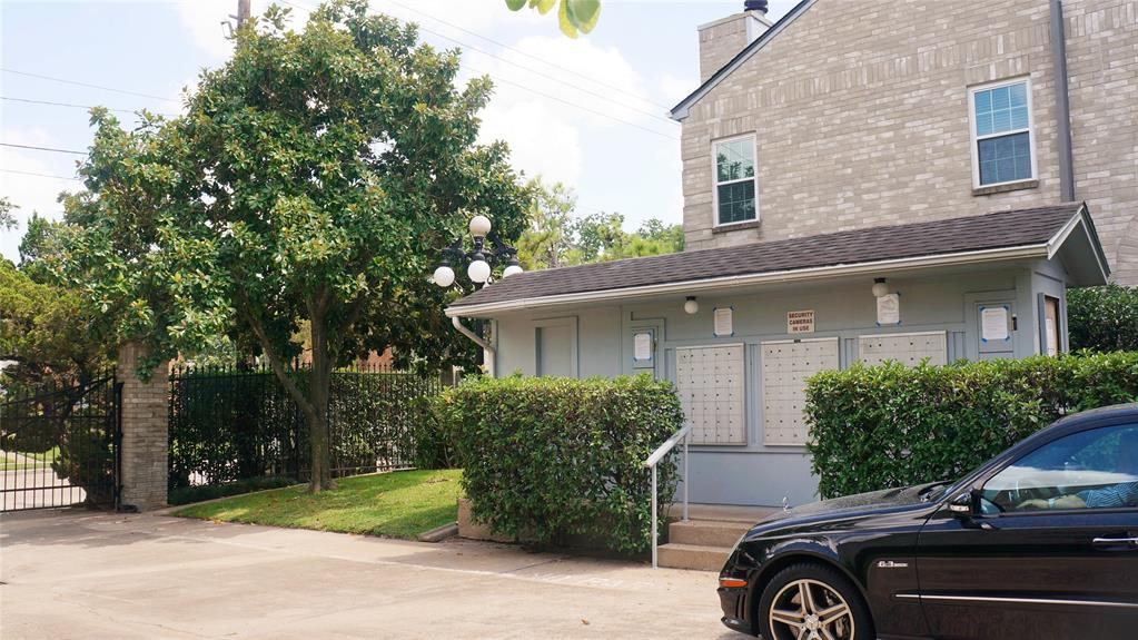 6000 Reims, Houston, Harris, Texas, United States 77036, 2 Bedrooms Bedrooms, ,2 BathroomsBathrooms,Rental,Exclusive right to sell/lease,Reims,22991066