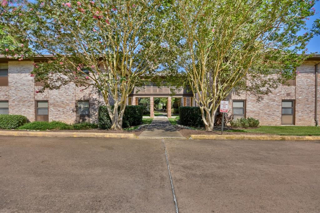 1700 East Stone Street, Brenham, Washington, Texas, United States 77833, 1 Bedroom Bedrooms, ,1 BathroomBathrooms,Rental,Exclusive right to sell/lease,East Stone Street,61649790