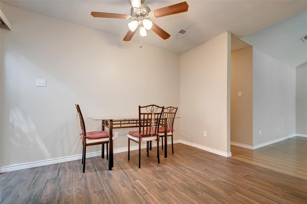 108 Wavy Oak, Spring, Montgomery, Texas, United States 77381, 3 Bedrooms Bedrooms, ,2 BathroomsBathrooms,Rental,Exclusive right to sell/lease,Wavy Oak,44941267
