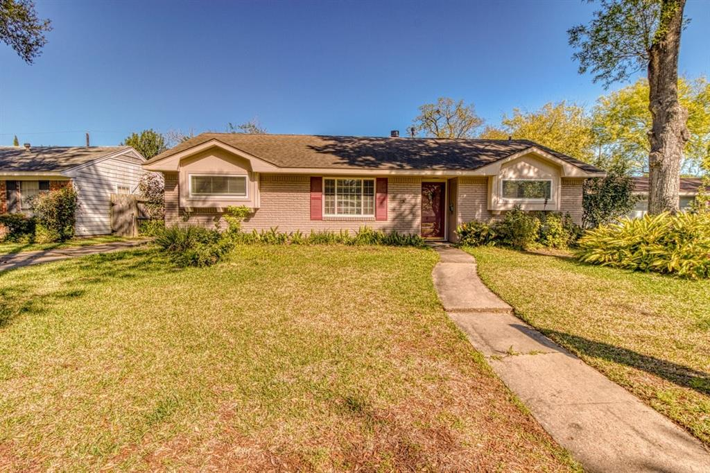 4518 Kingfisher, Houston, Harris, Texas, United States 77035, 3 Bedrooms Bedrooms, ,2 BathroomsBathrooms,Rental,Exclusive right to sell/lease,Kingfisher,56678841
