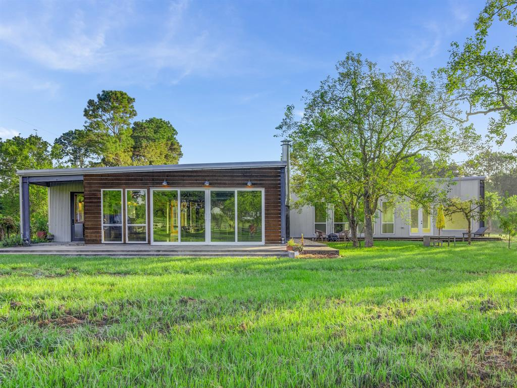 17207 County Road 127 - Pearland, Texas