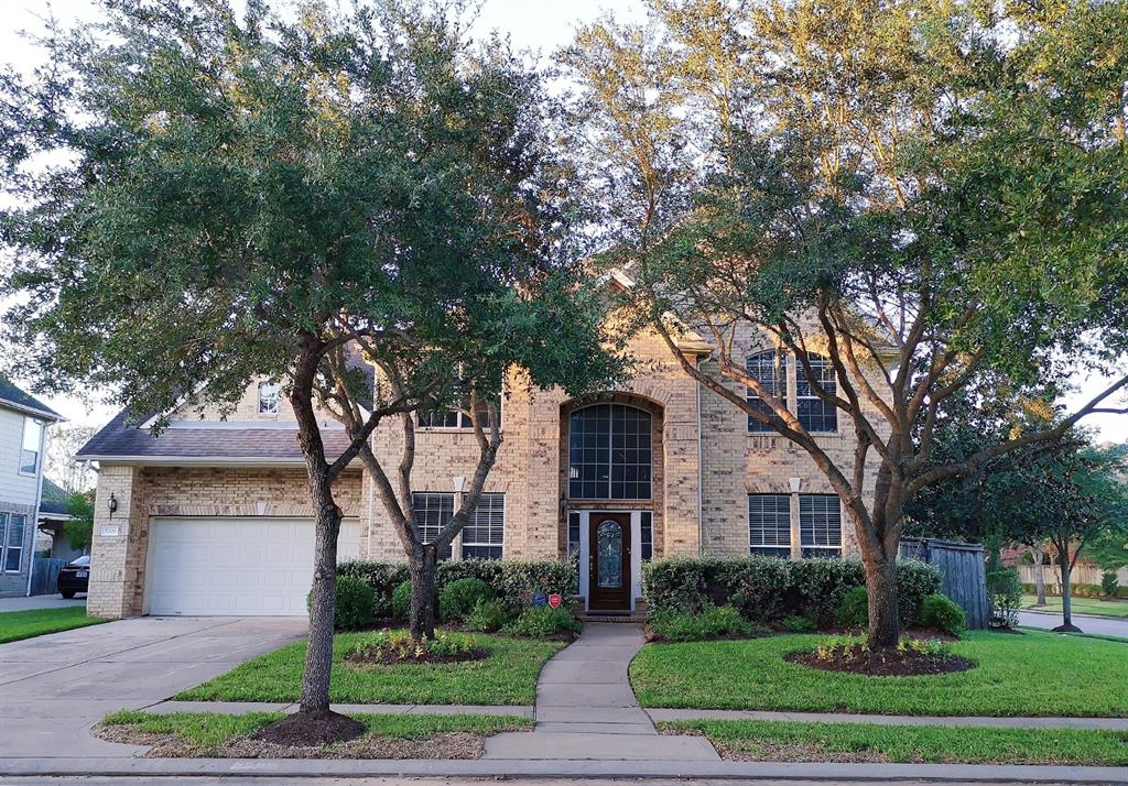 5206 Riverstone Crossing, Sugar Land, Fort Bend, Texas, United States 77479, 5 Bedrooms Bedrooms, ,3 BathroomsBathrooms,Rental,Exclusive right to sell/lease,Riverstone Crossing,85331527