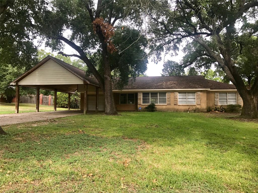 320 Moore, Navasota, Grimes, Texas, United States 77868, 3 Bedrooms Bedrooms, ,2 BathroomsBathrooms,Rental,Exclusive right to sell/lease,Moore,2566481