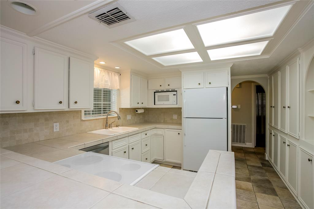 2607 Tannehill, Houston, Harris, Texas, United States 77008, 3 Bedrooms Bedrooms, ,2 BathroomsBathrooms,Rental,Exclusive right to sell/lease,Tannehill,40853926