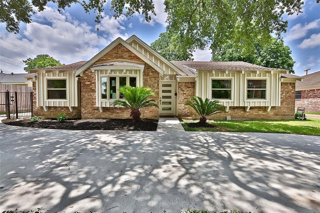 4130 Braeswood, Houston, Harris, Texas, United States 77025, 4 Bedrooms Bedrooms, ,2 BathroomsBathrooms,Rental,Exclusive right to sell/lease,Braeswood,5136062