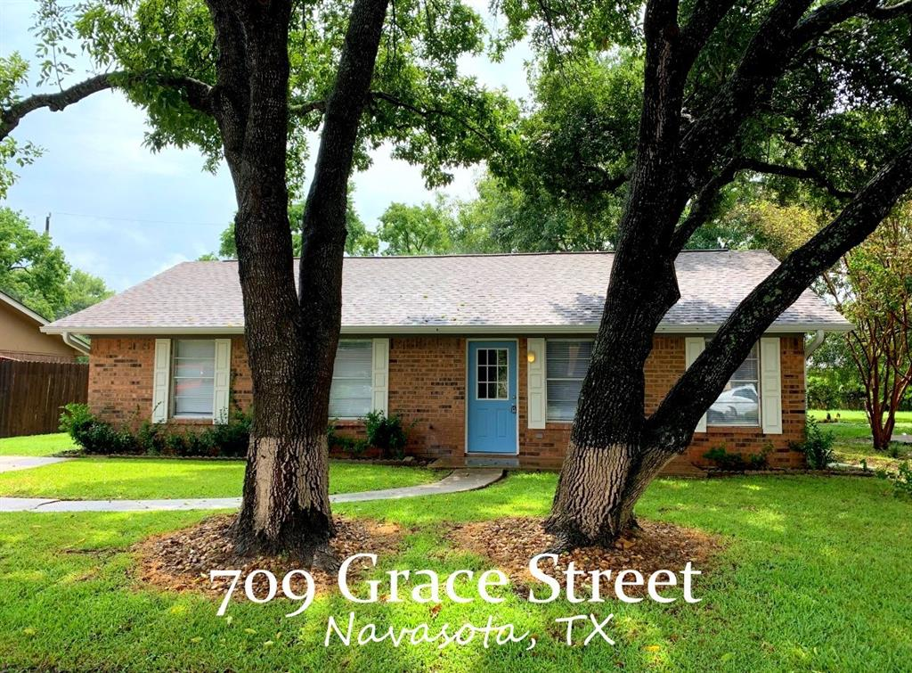 709 Grace, Navasota, Grimes, Texas, United States 77868, 3 Bedrooms Bedrooms, ,1 BathroomBathrooms,Rental,Exclusive right to sell/lease,Grace,40751045
