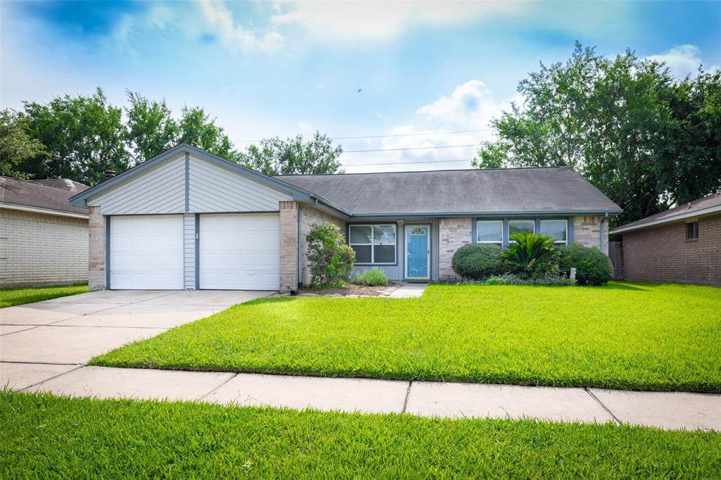 2310 Shady Brook, Houston, Harris, Texas, United States 77084, 4 Bedrooms Bedrooms, ,2 BathroomsBathrooms,Rental,Exclusive agency to sell/lease,Shady Brook,91508061