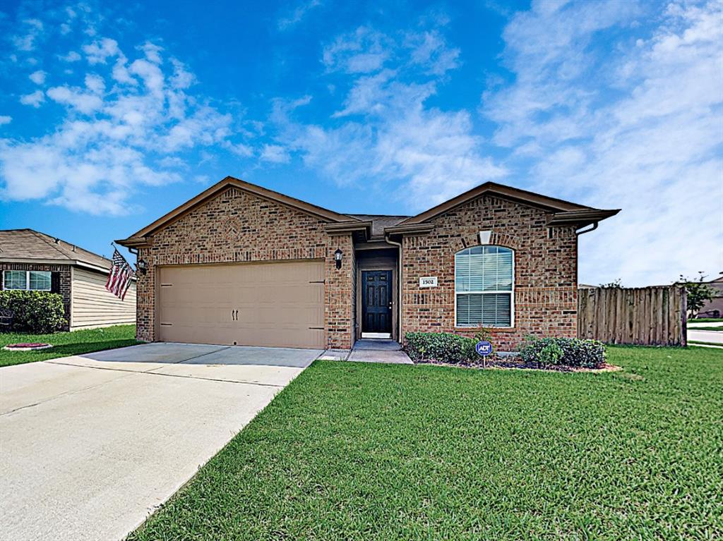 1502 Tulip, Baytown, Harris, Texas, United States 77521, 3 Bedrooms Bedrooms, ,2 BathroomsBathrooms,Rental,Exclusive right to sell/lease,Tulip,28612334