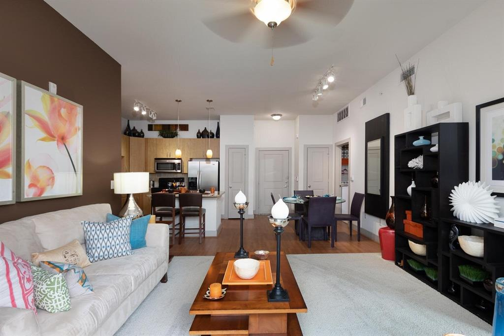 2727 W 18th Street, Houston, Harris, Texas, United States 77008, 1 Bedroom Bedrooms, ,1 BathroomBathrooms,Rental,Exclusive agency to sell/lease,W 18th Street,45997532