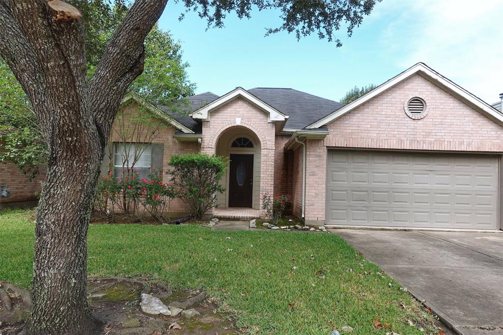 1130 Noble Glen, Fresno, Fort Bend, Texas, United States 77545, 3 Bedrooms Bedrooms, ,2 BathroomsBathrooms,Rental,Exclusive right to sell/lease,Noble Glen,41541705