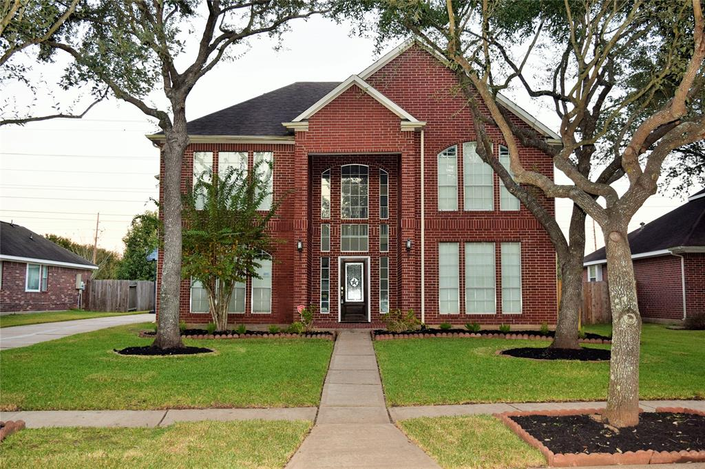 731 Annies, Sugar Land, Fort Bend, Texas, United States 77479, 4 Bedrooms Bedrooms, ,2 BathroomsBathrooms,Rental,Exclusive right to sell/lease,Annies,7321276