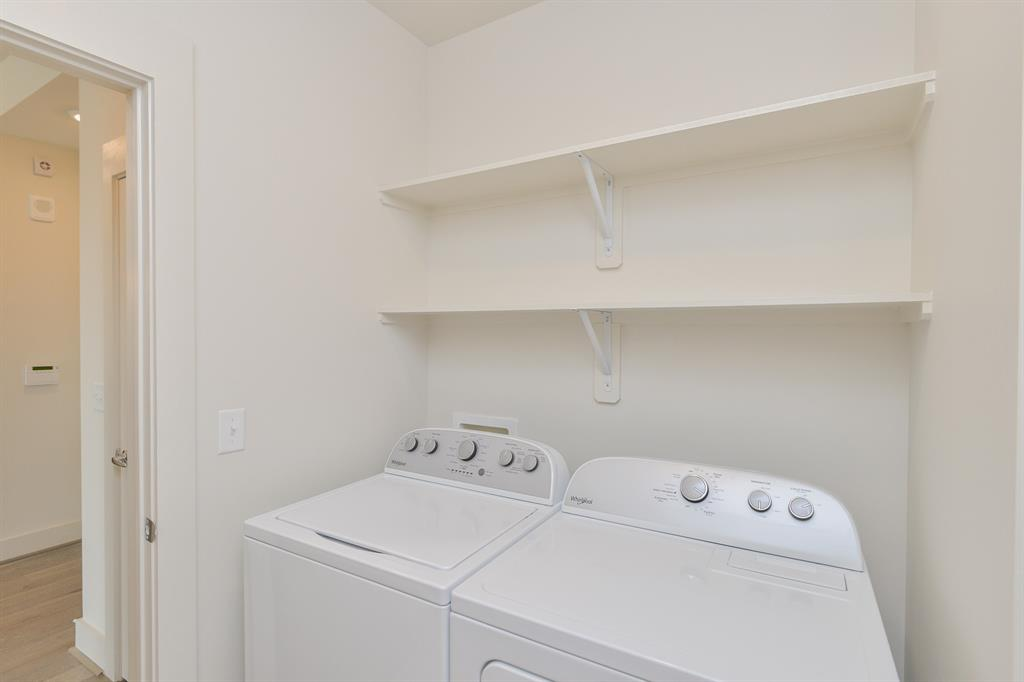 2727 Travis, Houston, Harris, Texas, United States 77006, 1 Bedroom Bedrooms, ,1 BathroomBathrooms,Rental,Exclusive right to sell/lease,Travis,8349352
