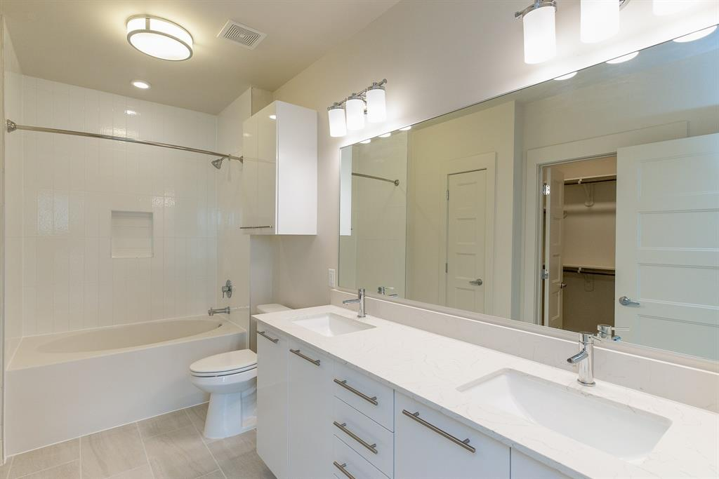 2727 Travis, Houston, Harris, Texas, United States 77006, 2 Bedrooms Bedrooms, ,2 BathroomsBathrooms,Rental,Exclusive right to sell/lease,Travis,43232040