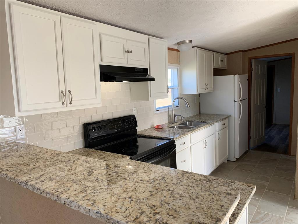 202 Charlie Roberts, Kendleton, Fort Bend, Texas, United States 77451, 3 Bedrooms Bedrooms, ,2 BathroomsBathrooms,Rental,Exclusive right to sell/lease,Charlie Roberts,28089366
