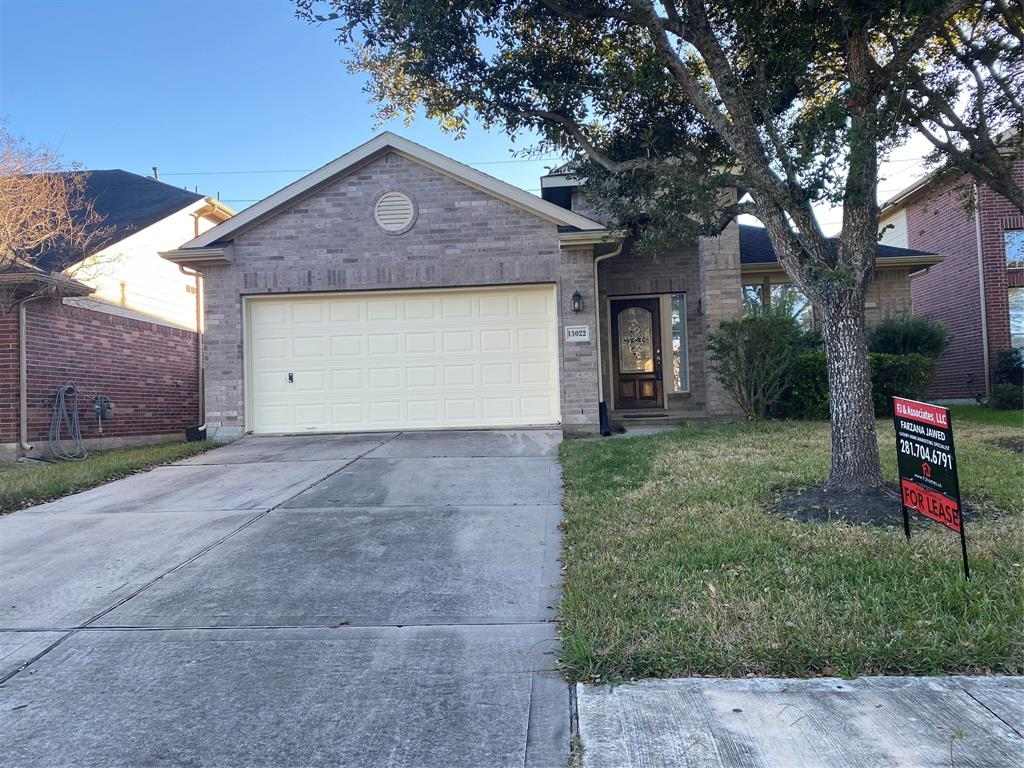 13022 shallow Falls Lane, Pearland, Brazoria, Texas, United States 77584, 3 Bedrooms Bedrooms, ,2 BathroomsBathrooms,Rental,Exclusive right to sell/lease,shallow Falls Lane,67881569