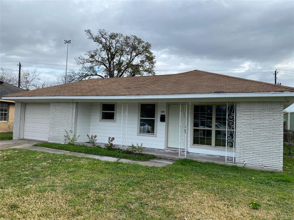 639 Delz, Houston, Harris, Texas, United States 77022, 3 Bedrooms Bedrooms, ,1 BathroomBathrooms,Rental,Exclusive right to sell/lease,Delz,52867128
