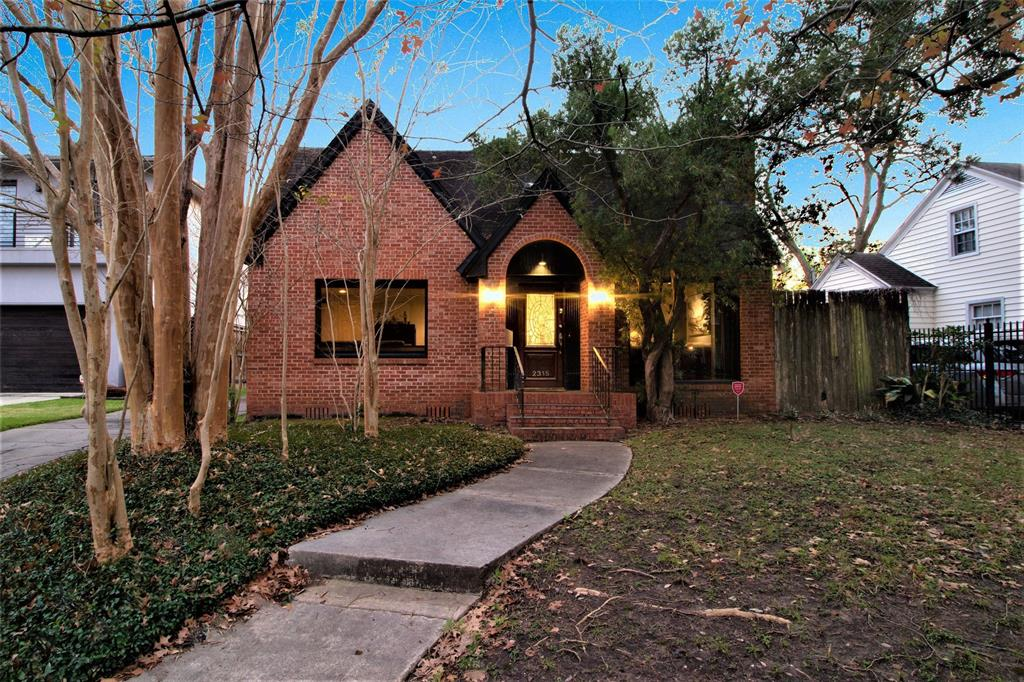 2315 North, Houston, Harris, Texas, United States 77098, 3 Bedrooms Bedrooms, ,2 BathroomsBathrooms,Rental,Exclusive right to sell/lease,North,10217890