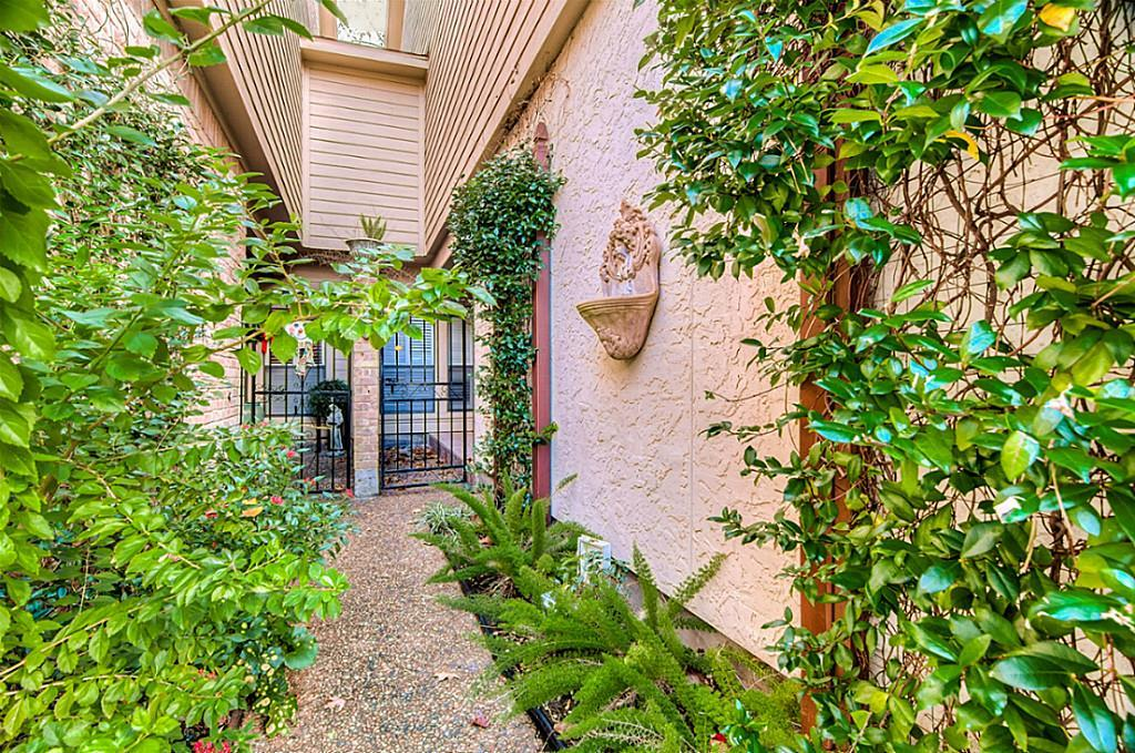 12625 Memorial, Houston, Harris, Texas, United States 77024, 3 Bedrooms Bedrooms, ,2 BathroomsBathrooms,Rental,Exclusive right to sell/lease,Memorial,2153088