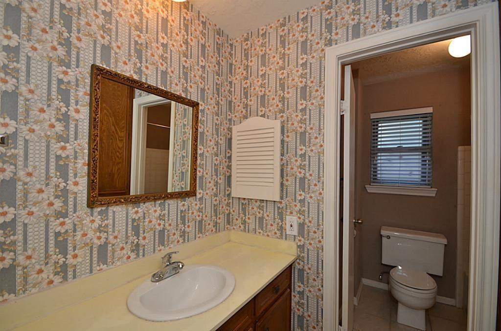 13722 Lynnwood, Sugar Land, Fort Bend, Texas, United States 77498, 4 Bedrooms Bedrooms, ,2 BathroomsBathrooms,Rental,Exclusive right to sell/lease,Lynnwood,95242068
