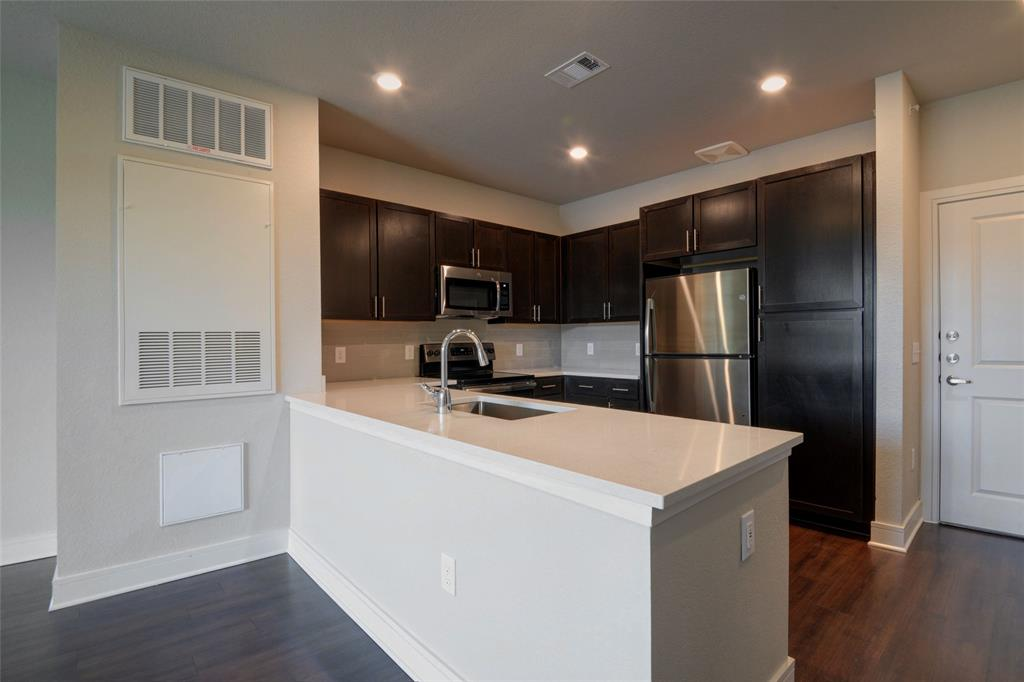 700 Cavalcade, Houston, Harris, Texas, United States 77009, 1 Bedroom Bedrooms, ,1 BathroomBathrooms,Rental,Exclusive right to sell/lease,Cavalcade,54561397