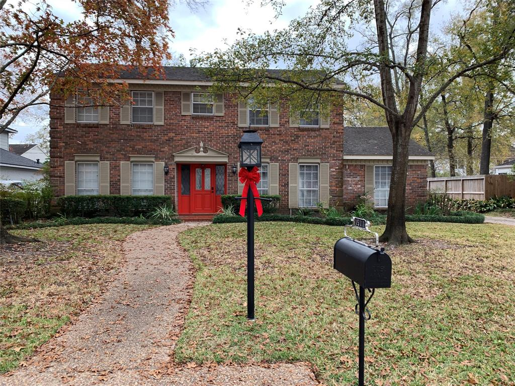 15111 Camelback, Houston, Harris, Texas, United States 77079, 4 Bedrooms Bedrooms, ,3 BathroomsBathrooms,Rental,Exclusive right to sell/lease,Camelback,30480756
