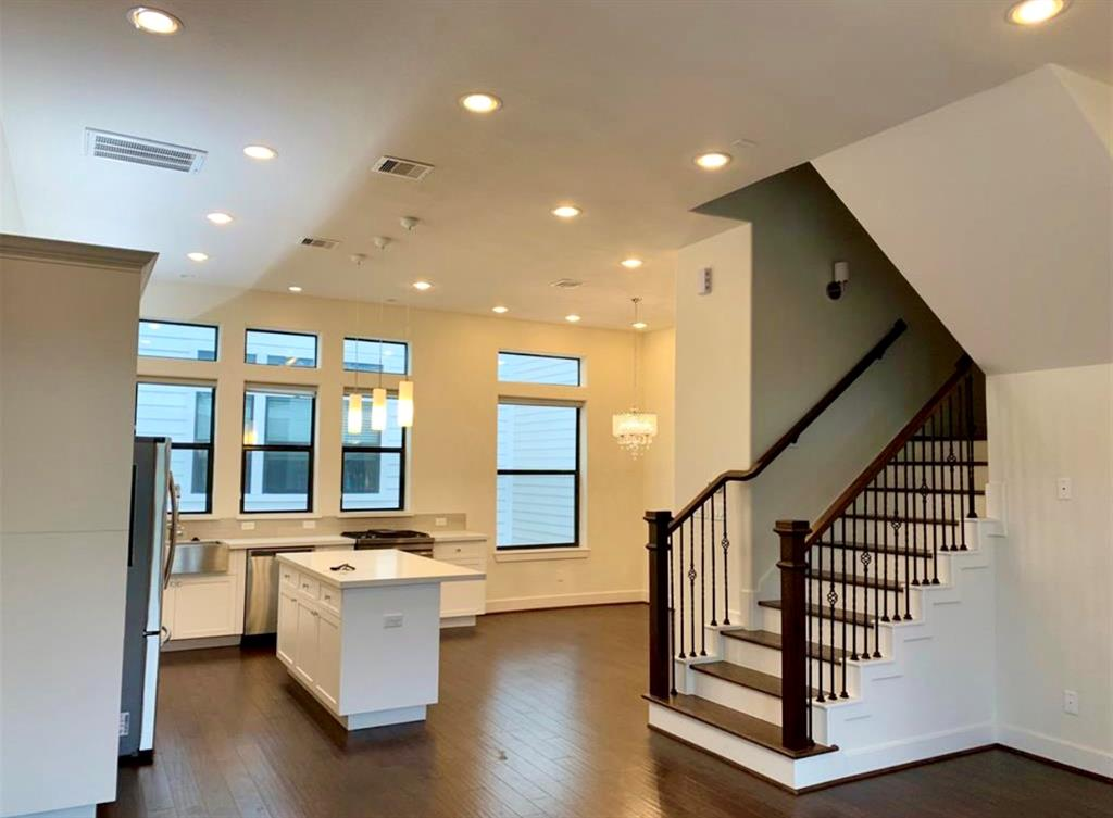 1305 Live Oak, Houston, Harris, Texas, United States 77003, 3 Bedrooms Bedrooms, ,3 BathroomsBathrooms,Rental,Exclusive right to sell/lease,Live Oak,40488330