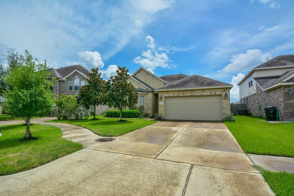 6011 Oxford Lake, Rosenberg, Fort Bend, Texas, United States 77471, 3 Bedrooms Bedrooms, ,2 BathroomsBathrooms,Rental,Exclusive right to sell/lease,Oxford Lake,61706555