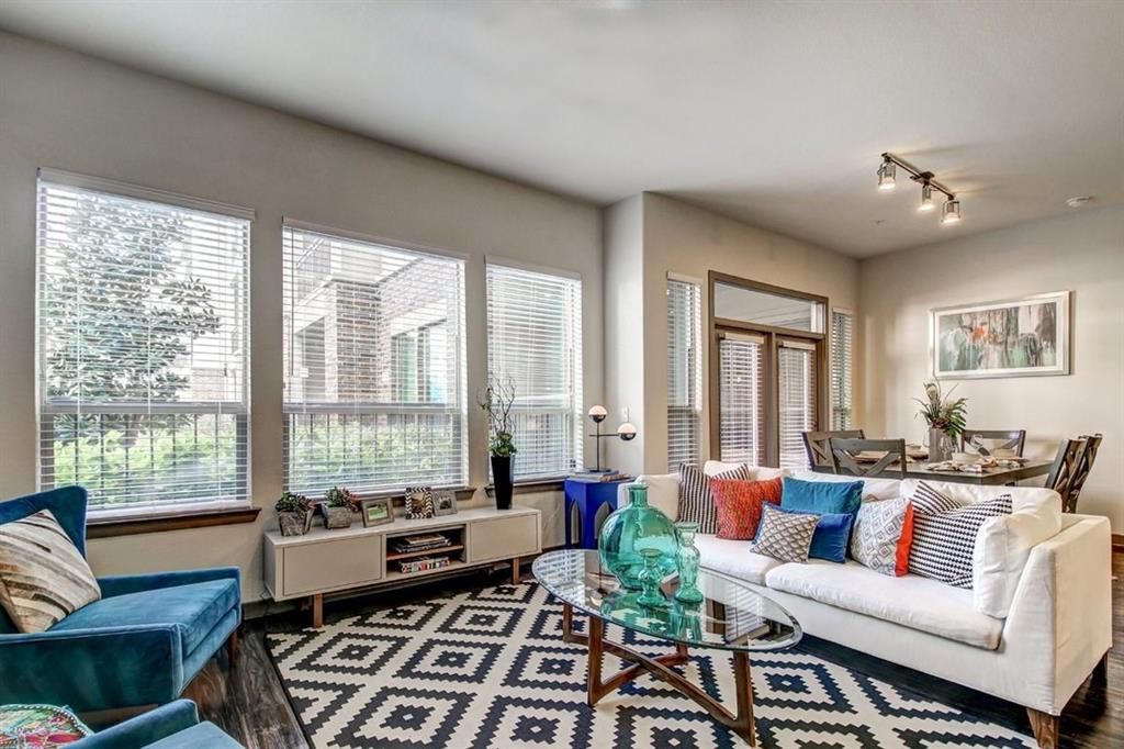 935 N Wilcrest Drive, Houston, Harris, Texas, United States 77079, 1 Bedroom Bedrooms, ,1 BathroomBathrooms,Rental,Exclusive agency to sell/lease,N Wilcrest Drive,24252002