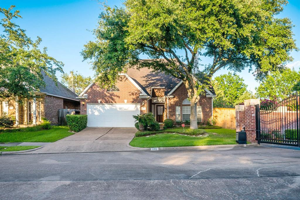 1202 Charlton Park, Houston, Harris, Texas, United States 77077, 4 Bedrooms Bedrooms, ,3 BathroomsBathrooms,Rental,Exclusive right to sell/lease,Charlton Park,39420913