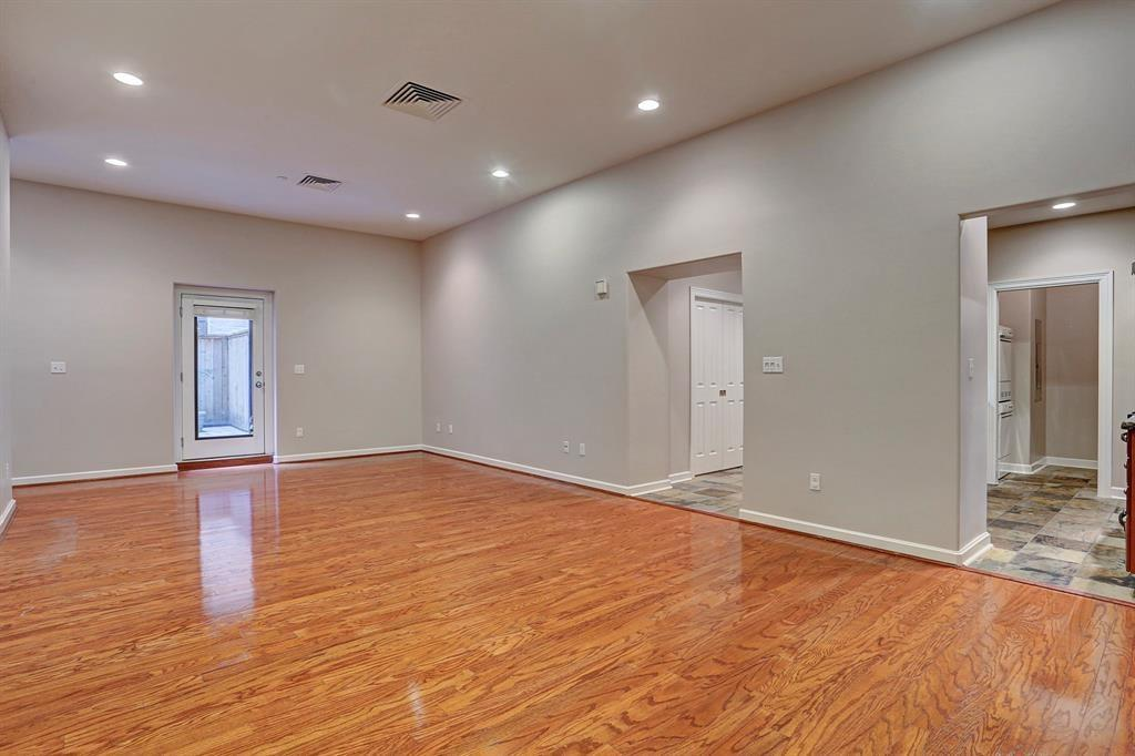 914 Main, Houston, Harris, Texas, United States 77002, 2 Bedrooms Bedrooms, ,2 BathroomsBathrooms,Rental,Exclusive right to sell/lease,Main,40575952