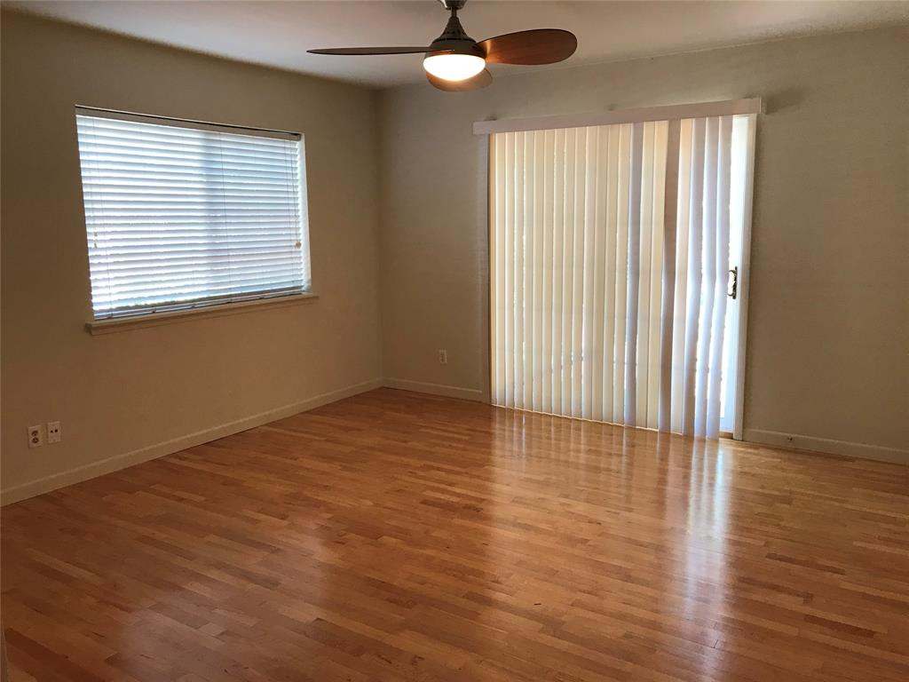 210 Emerson, Houston, Harris, Texas, United States 77006, 1 Bedroom Bedrooms, ,1 BathroomBathrooms,Rental,Exclusive right to sell/lease,Emerson,90725094