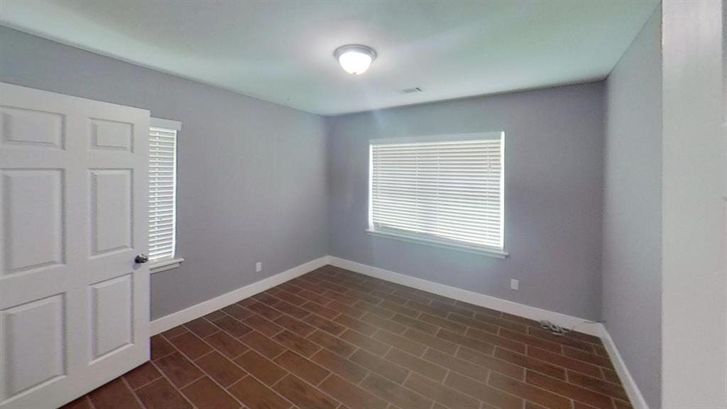 315 Delz, Houston, Harris, Texas, United States 77022, 3 Bedrooms Bedrooms, ,1 BathroomBathrooms,Rental,Exclusive right to sell/lease,Delz,61178649