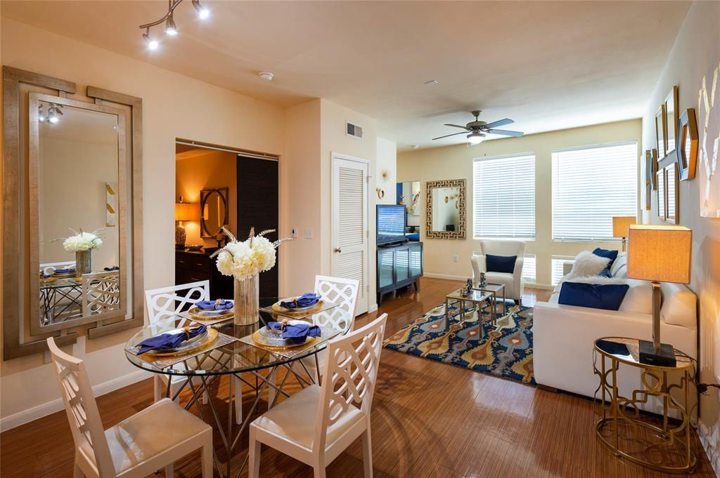 811 Town and Country Blvd, Houston, Harris, Texas, United States 77024, 2 Bedrooms Bedrooms, ,2 BathroomsBathrooms,Rental,Exclusive right to sell/lease,Town and Country Blvd,57836840